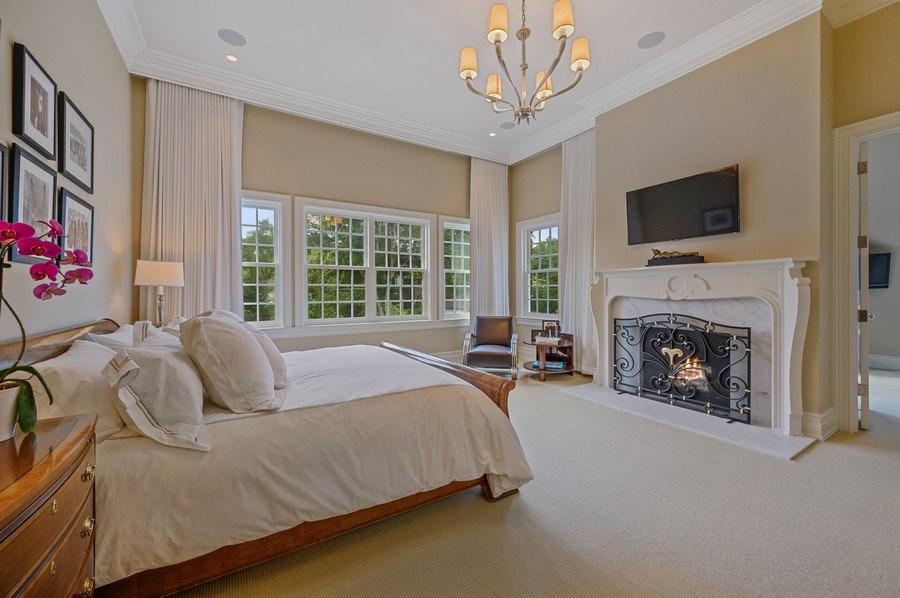 Real Estate Photography - 174 Beach Road, Glencoe, IL, 60022 -