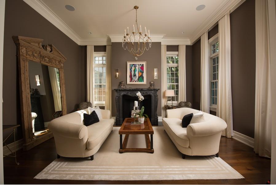 Real Estate Photography - 174 Beach Road, Glencoe, IL, 60022 - Living Room