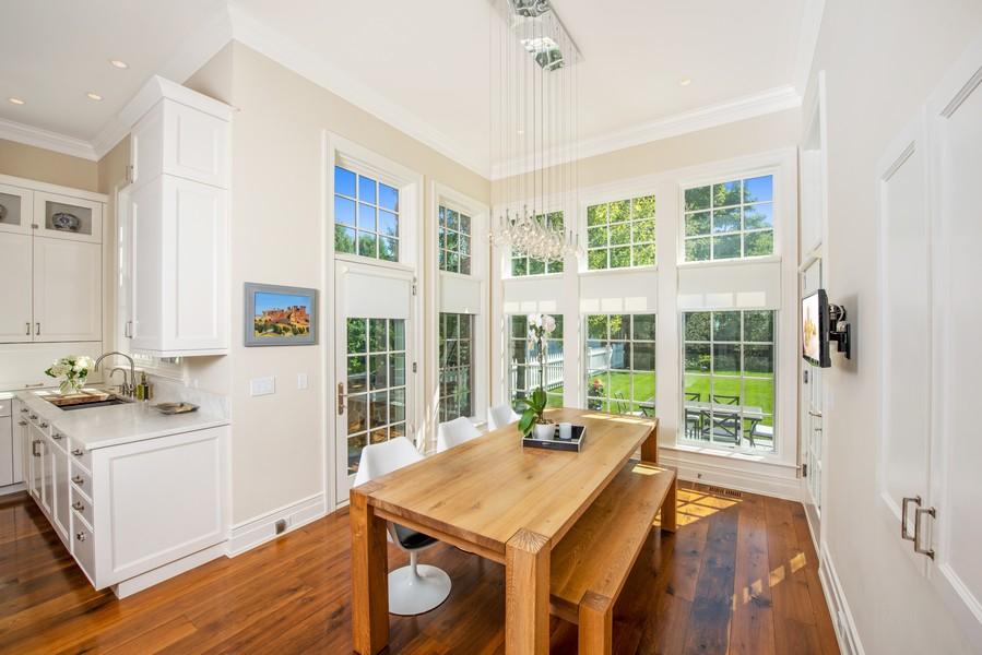 Real Estate Photography - 174 Beach Road, Glencoe, IL, 60022 - Breakfast Room
