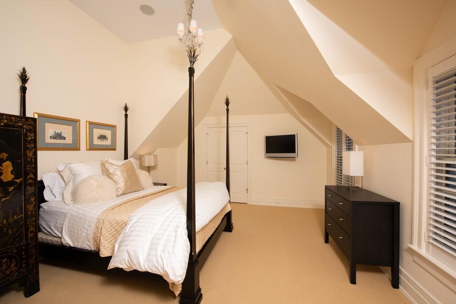Real Estate Photography - 174 Beach Road, Glencoe, IL, 60022 - Fourth Bedroom