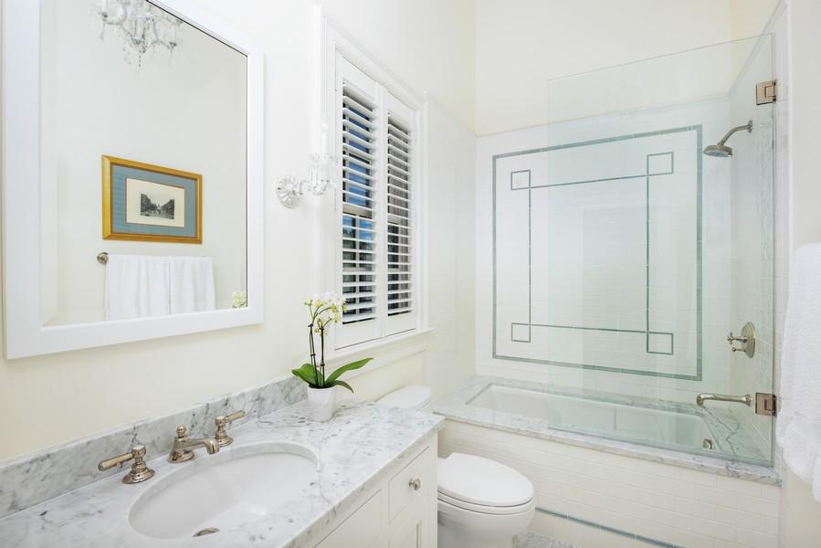 Real Estate Photography - 174 Beach Road, Glencoe, IL, 60022 - Ensuite Bathroom