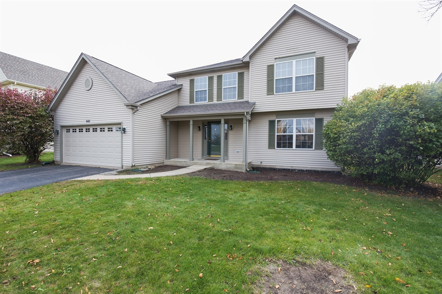 Real Estate Photography - 948 Asbury Dr, Aurora, IL, 60502 - Front View