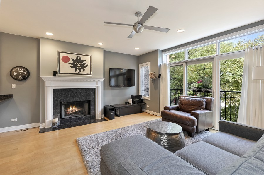 Real Estate Photography - 1246 N Noble, 2, Chicago, IL, 60642 - Living Room