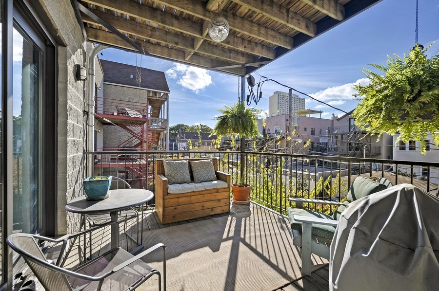 Real Estate Photography - 1246 N Noble, 2, Chicago, IL, 60642 - Deck