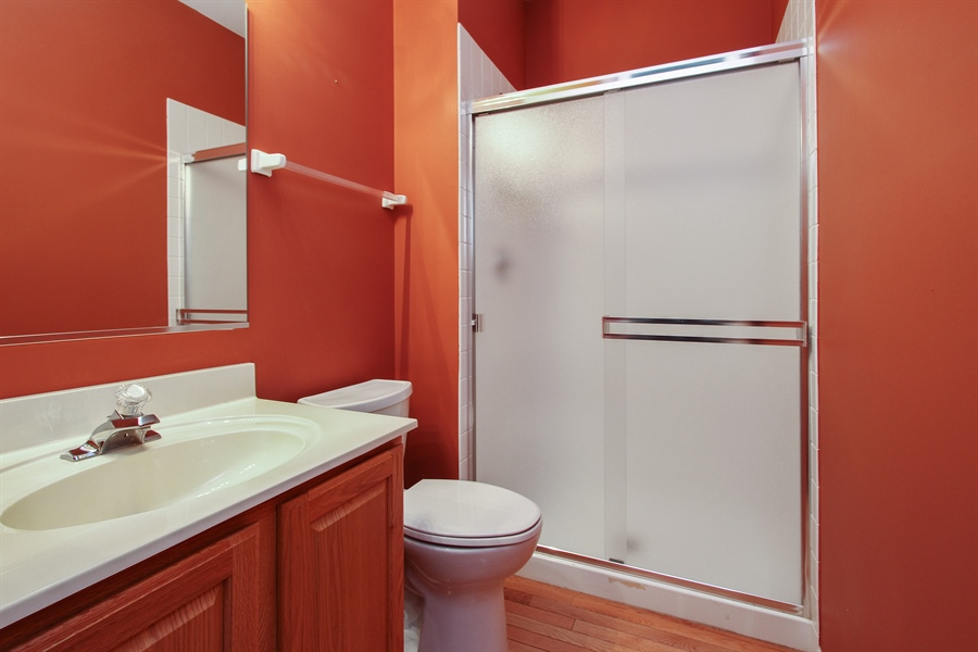 Real Estate Photography - 37156 Deerpath Dr, Lake Villa, IL, 60046 - 2nd Bathroom