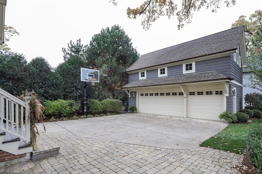 Real Estate Photography - 216 W Cook Avenue, Libertyville, IL, 60048 - Garage