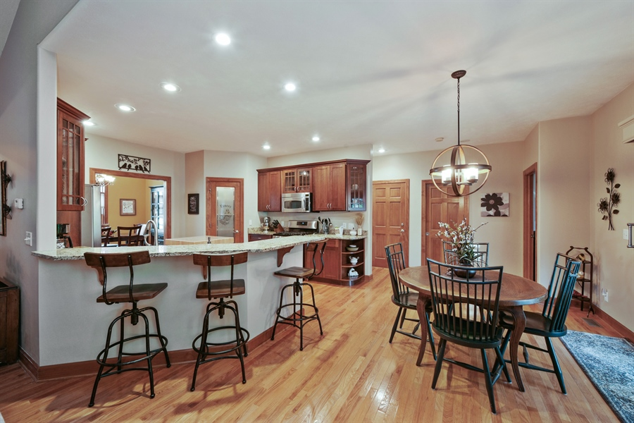 Real Estate Photography - 4231 Abercrombie Dr, Chesterton, IN, 46304 - Kitchen / Breakfast Room