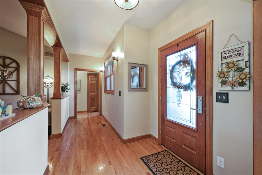 Real Estate Photography - 4231 Abercrombie Dr, Chesterton, IN, 46304 - Foyer