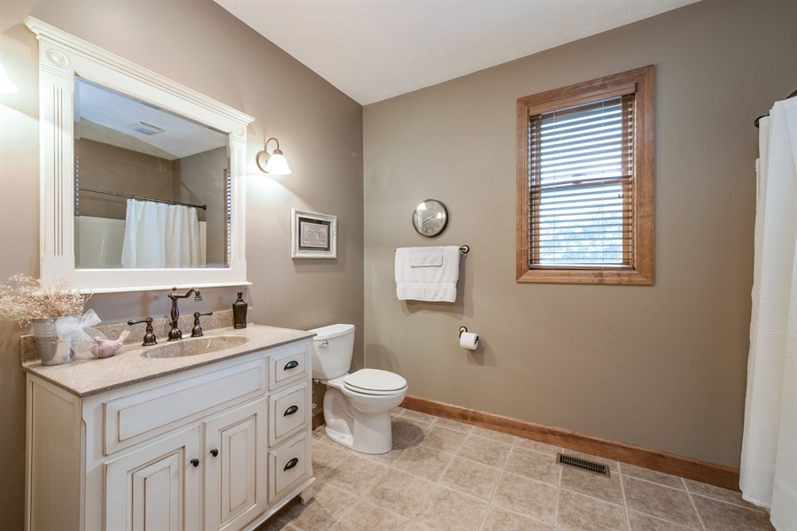 Real Estate Photography - 4231 Abercrombie Dr, Chesterton, IN, 46304 - Bathroom