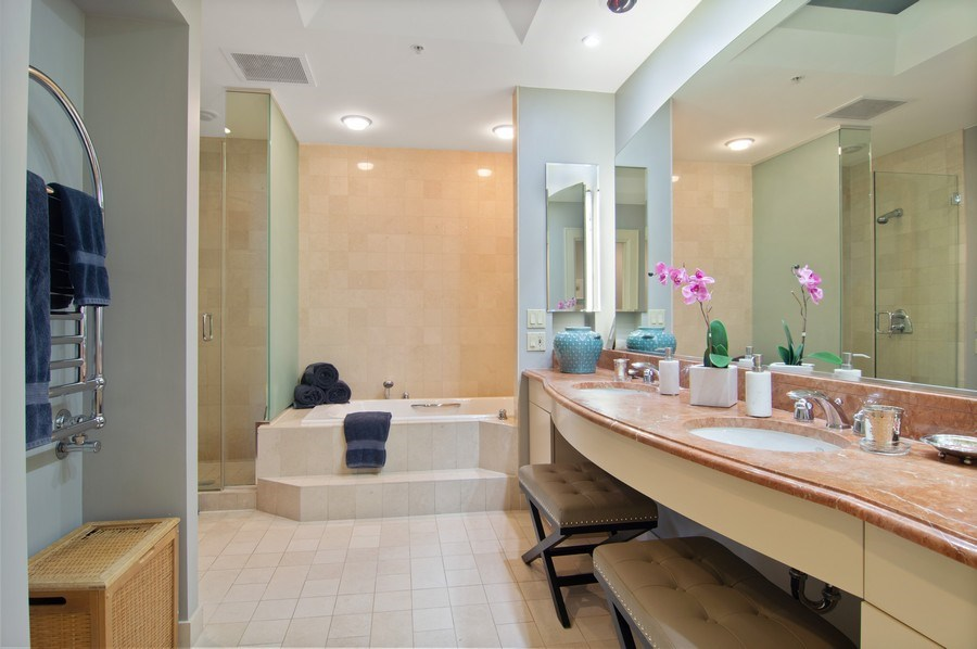 Real Estate Photography - 330 S Michigan, 1905, Chicago, IL, 60604 - Master Bathroom
