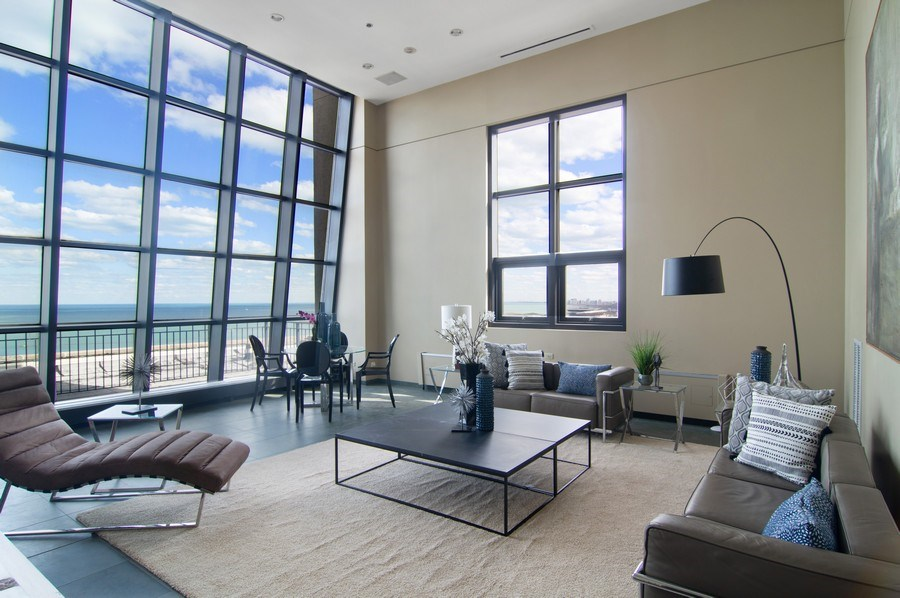 Real Estate Photography - 330 S Michigan, 1905, Chicago, IL, 60604 - Penthouse