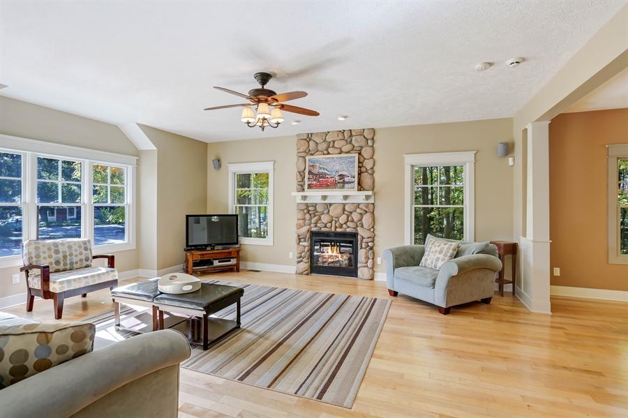 Real Estate Photography - 211 Brockway, South Haven, MI, 49090 - Living Room