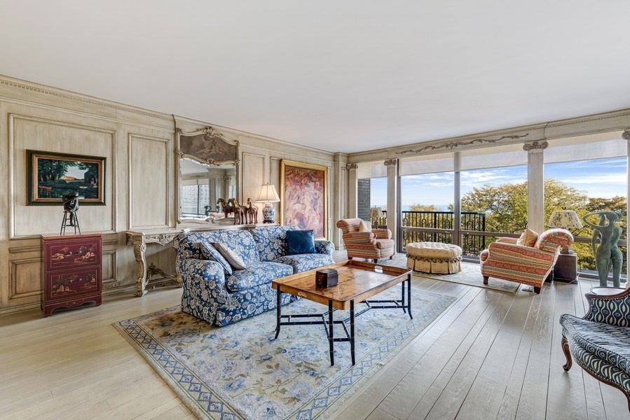 Real Estate Photography - 1040 Lake Shore Drive, Unit 5B, Chicago, IL, 60611 - Living Room