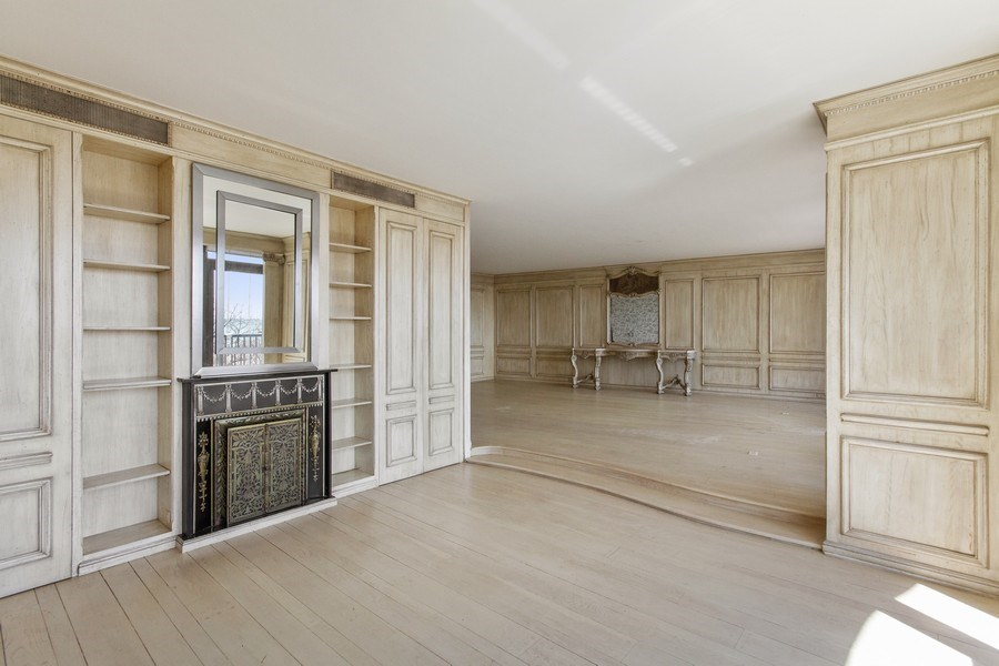 Real Estate Photography - 1040 Lake Shore Drive, Unit 5B, Chicago, IL, 60611 - Dining Area 2