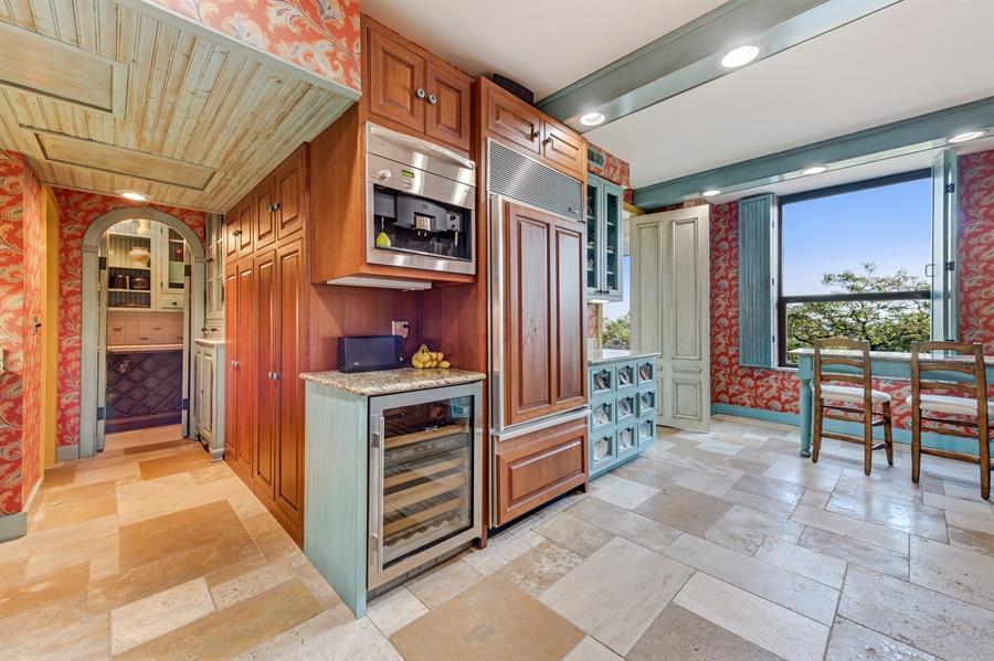 Real Estate Photography - 1040 Lake Shore Drive, Unit 5B, Chicago, IL, 60611 - Kitchen