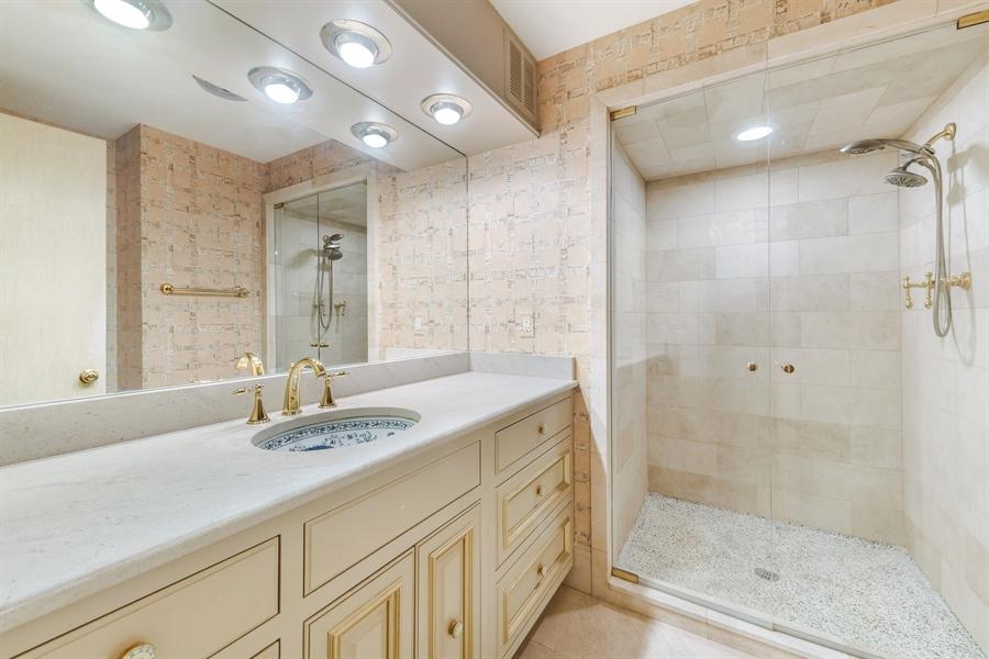 Real Estate Photography - 1040 Lake Shore Drive, Unit 5B, Chicago, IL, 60611 - Bathroom