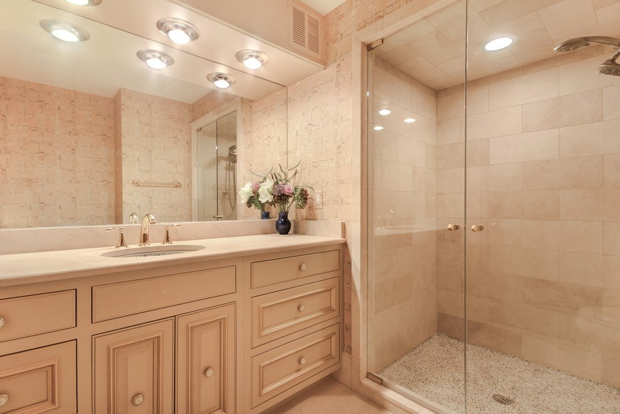 Real Estate Photography - 1040 Lake Shore Drive, Unit 5B, Chicago, IL, 60611 - 2nd Bathroom