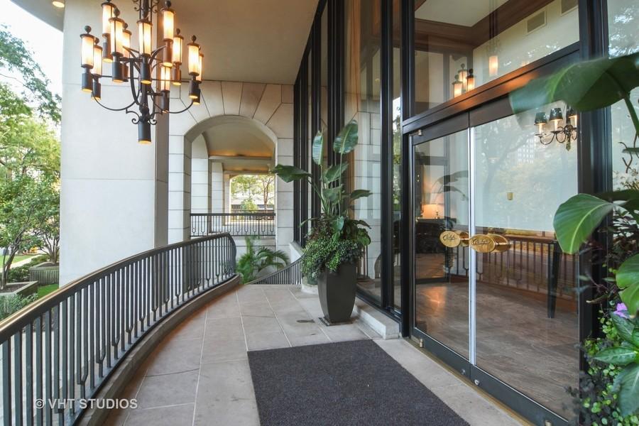 Real Estate Photography - 1040 Lake Shore Drive, Unit 5B, Chicago, IL, 60611 - 1040 LSD East Building Entrance