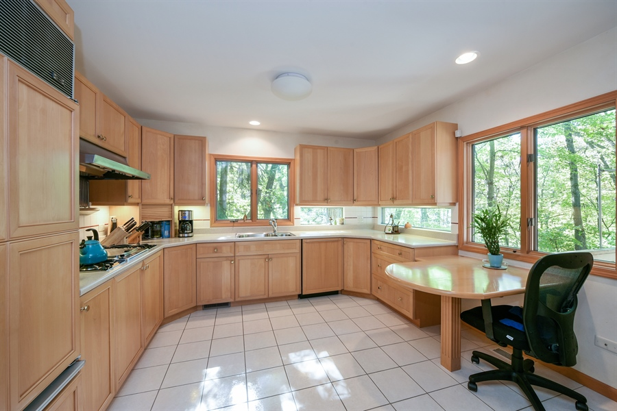 Real Estate Photography - 403 E Roberts Ave, Beverly Shores, IN, 46301 - Kitchen