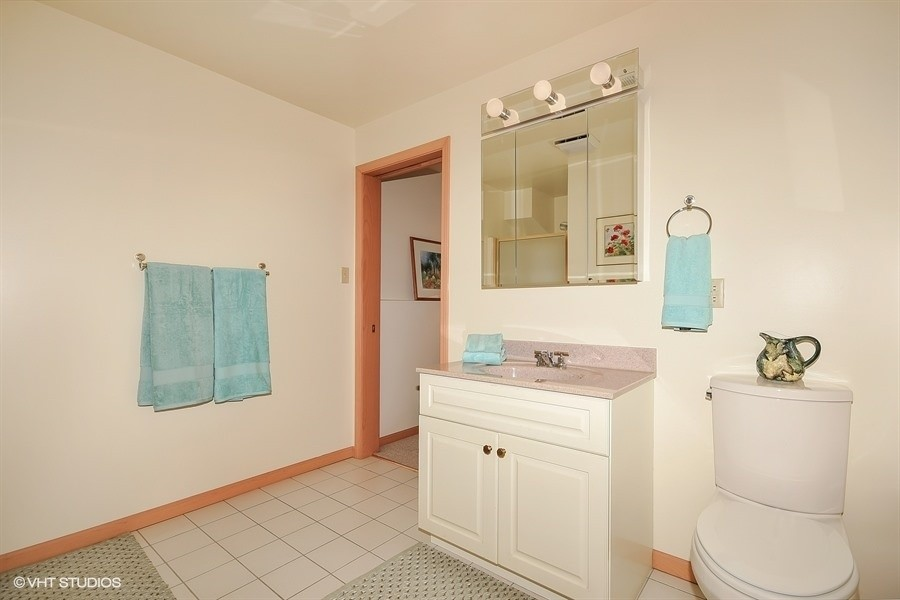Real Estate Photography - 403 E Roberts Ave, Beverly Shores, IN, 46301 -