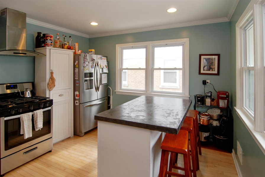 Real Estate Photography - 1224 N Ashbel Ave, Berkeley, IL, 60163 - Kitchen