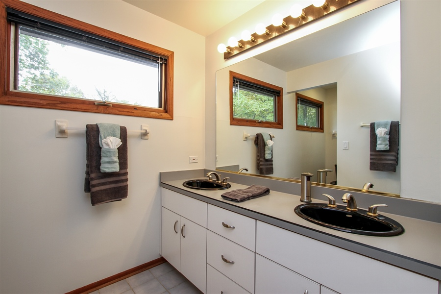 Real Estate Photography - 21758 W Brentwood Ln, Lake Villa, IL, 60046 - Master Bathroom