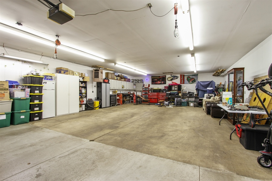 Real Estate Photography - 21758 W Brentwood Ln, Lake Villa, IL, 60046 - Garage