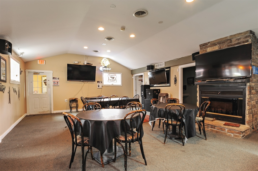Real Estate Photography - 25344 W Richmond Ave, Antioch, IL, 60002 - 3rd Bathroom