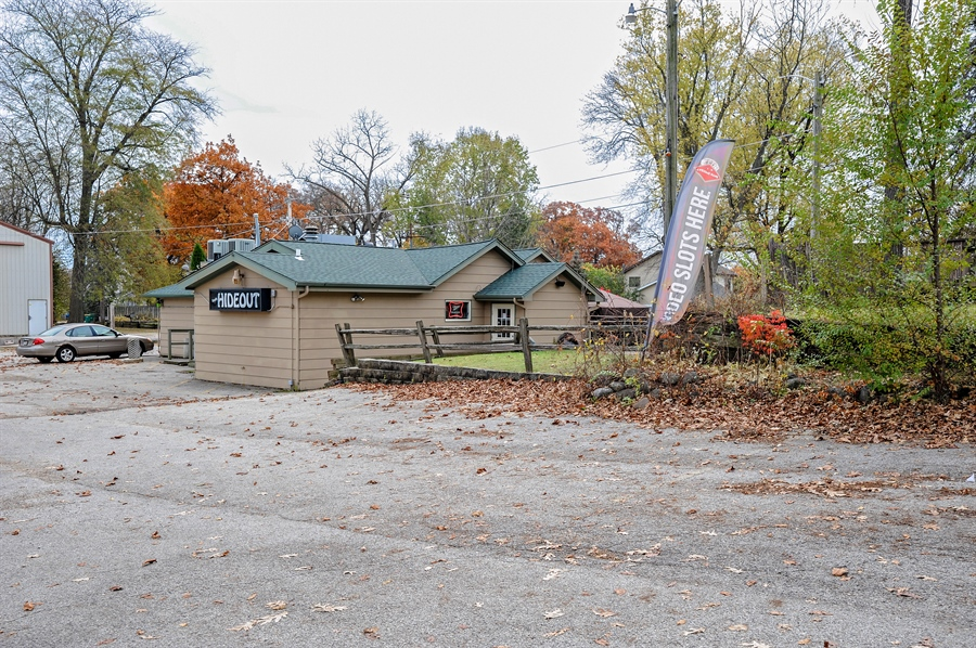 Real Estate Photography - 25344 W Richmond Ave, Antioch, IL, 60002 - Front View
