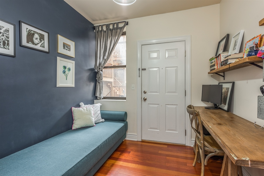 Real Estate Photography - 1944 W Newport Ave, Unit 1, Chicago, IL, 60657 - 3rd Bedroom