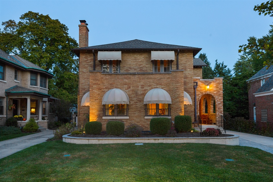 Real Estate Photography - 1215 Park Ave, River Forest, IL, 60305 - Front View