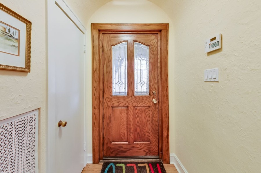 Real Estate Photography - 1215 Park Ave, River Forest, IL, 60305 - Foyer