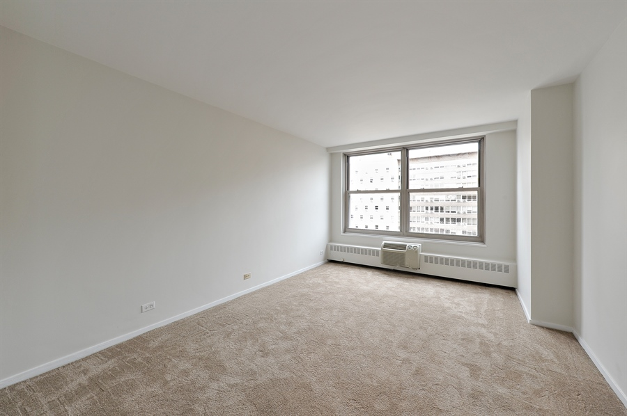 Real Estate Photography - 3900 N Lake Shore Dr, Unit 20G, Chicago, IL, 60613 - Master Bedroom