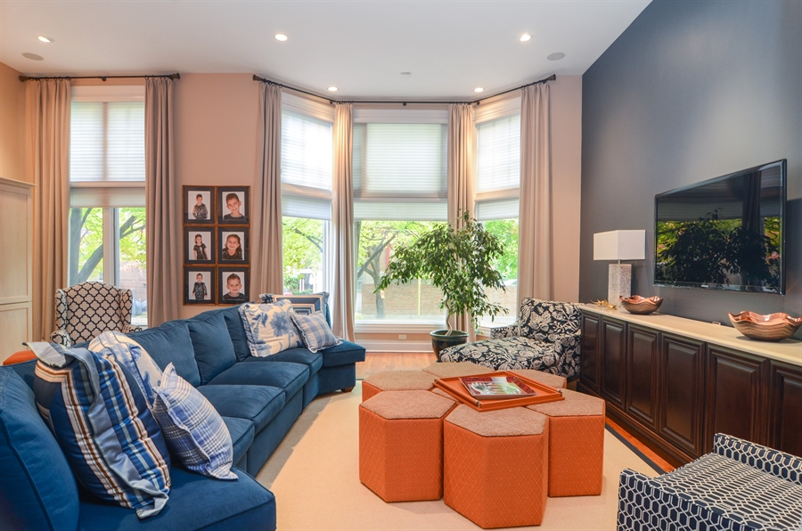 Real Estate Photography - 2636 N Greenview, Chicago, IL, 60614 - Living Room