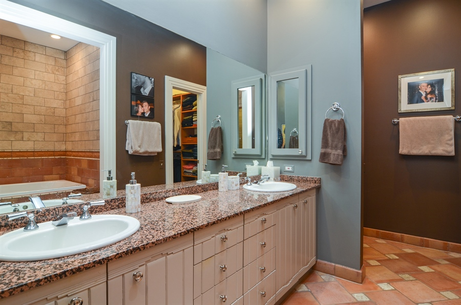 Real Estate Photography - 2636 N Greenview, Chicago, IL, 60614 - Master Bathroom