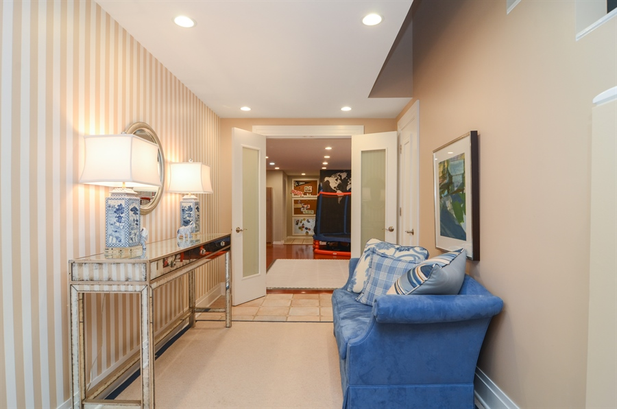 Real Estate Photography - 2636 N Greenview, Chicago, IL, 60614 - Foyer