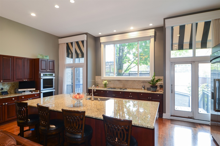 Real Estate Photography - 2636 N Greenview, Chicago, IL, 60614 - Kitchen