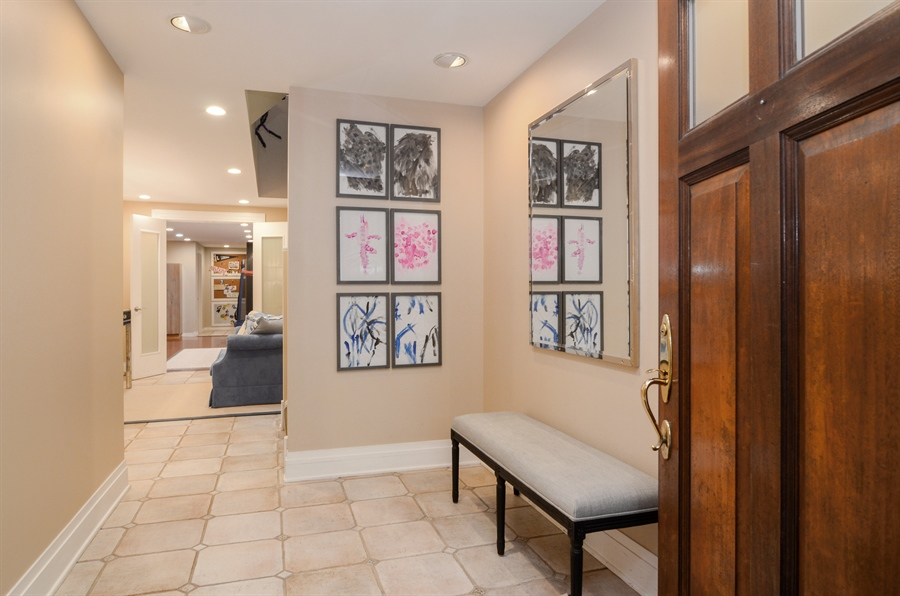 Real Estate Photography - 2636 N Greenview, Chicago, IL, 60614 - Entryway