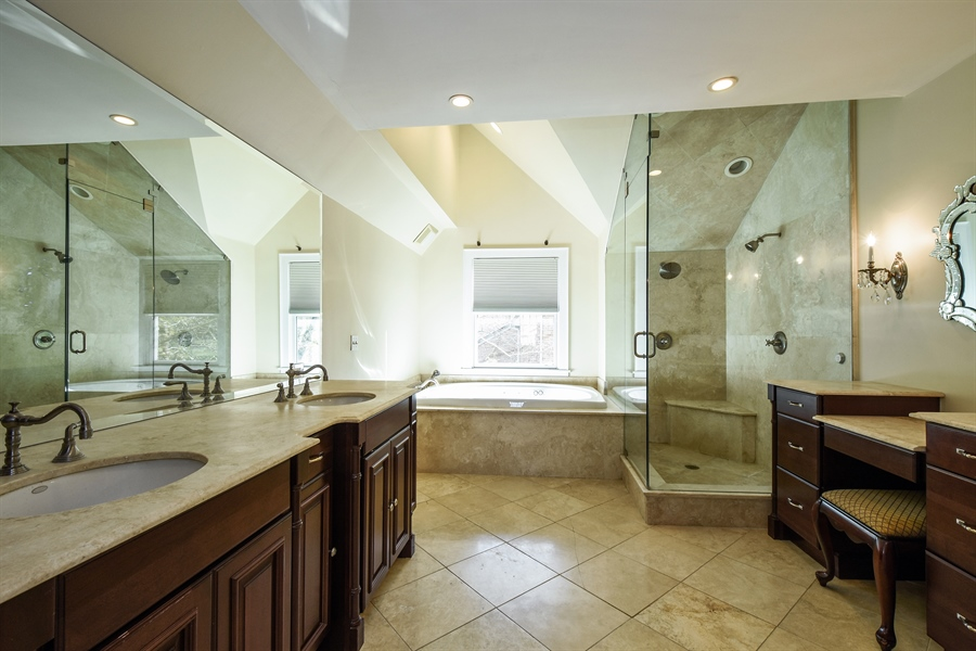 Real Estate Photography - 603 S Summit St, Barrington, IL, 60010 - Master Bathroom