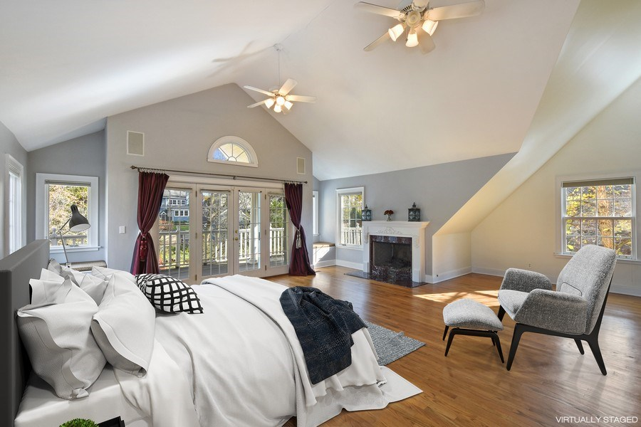 Real Estate Photography - 603 S Summit St, Barrington, IL, 60010 - Master Bedroom