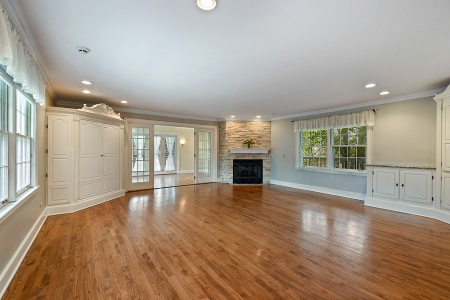 Real Estate Photography - 603 S Summit St, Barrington, IL, 60010 - Family Room