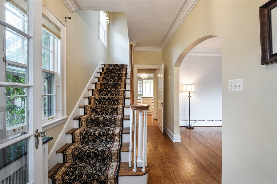 Real Estate Photography - 603 S Summit St, Barrington, IL, 60010 - Foyer