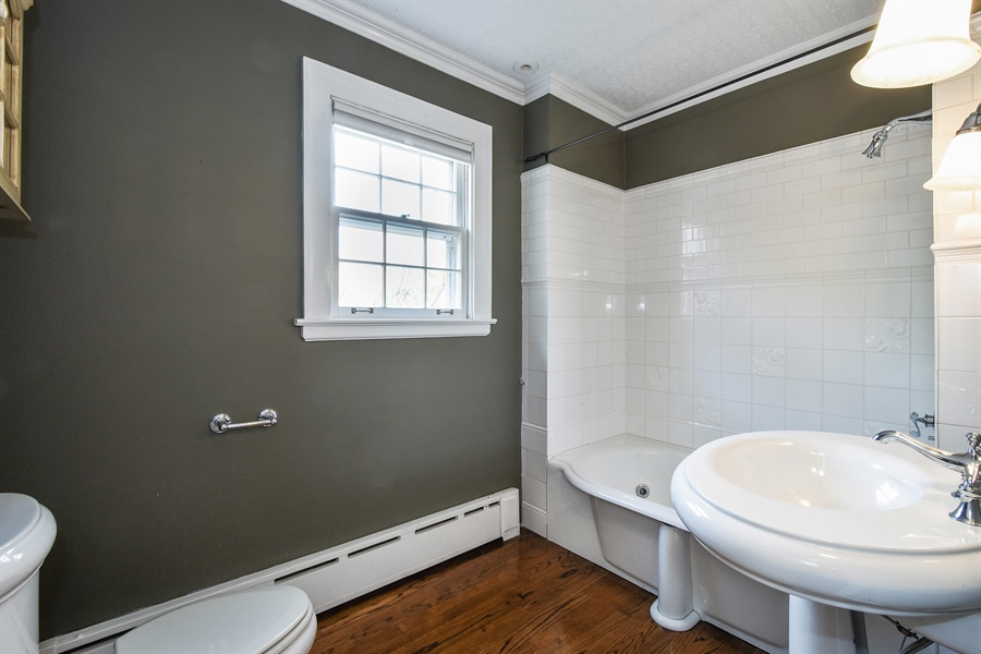Real Estate Photography - 603 S Summit St, Barrington, IL, 60010 - Bathroom
