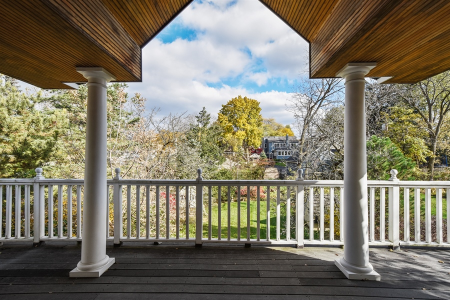 Real Estate Photography - 603 S Summit St, Barrington, IL, 60010 - Balcony