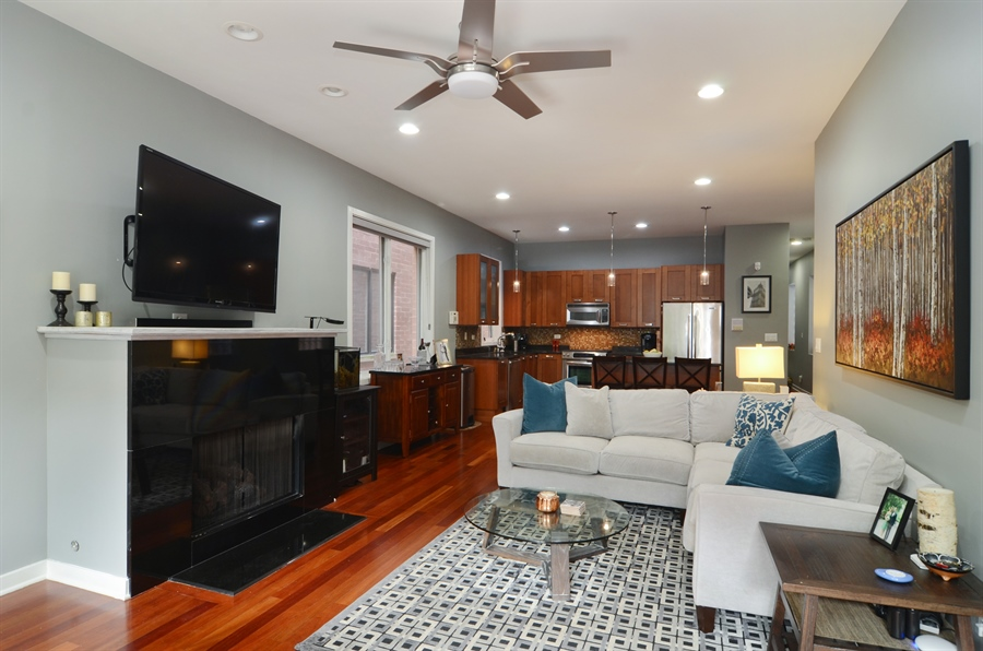 Real Estate Photography - 2312 W Wabansia Ave, Unit 1, Chicago, IL, 60647 - Living Room