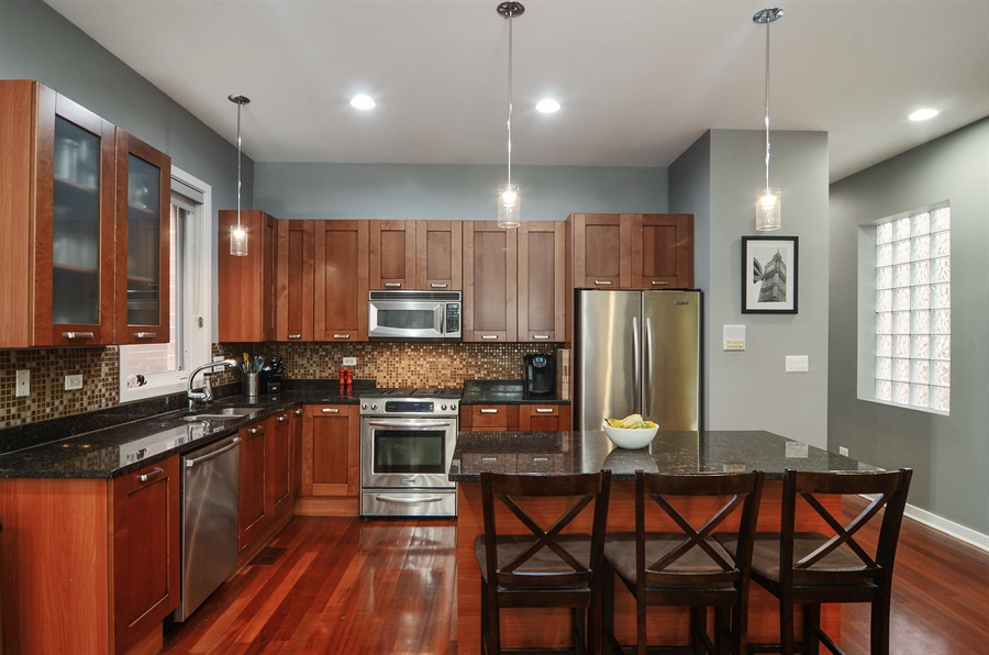Real Estate Photography - 2312 W Wabansia Ave, Unit 1, Chicago, IL, 60647 - Kitchen