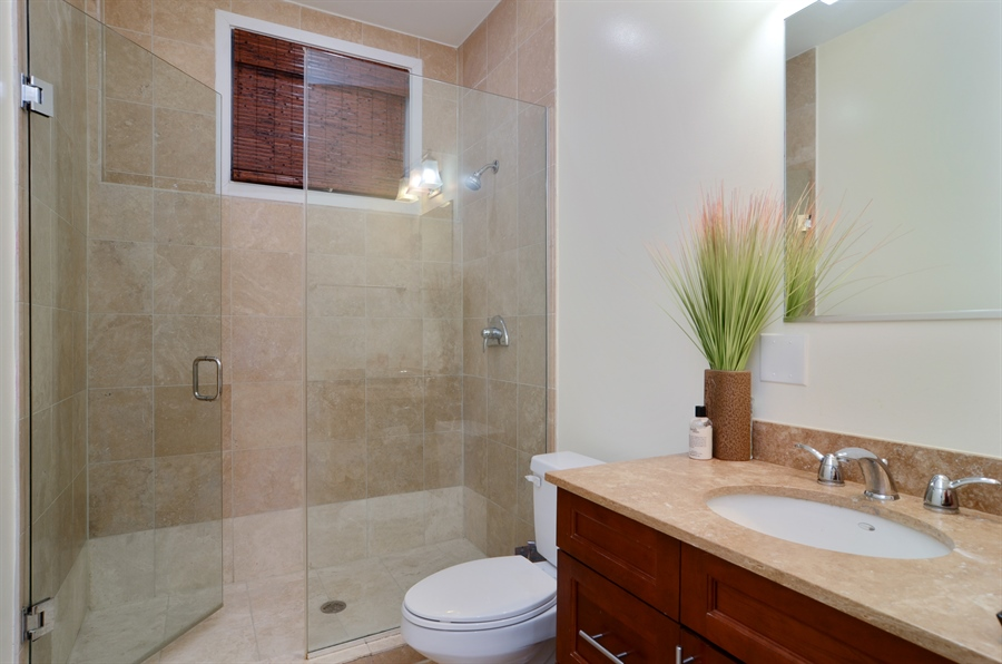 Real Estate Photography - 2312 W Wabansia Ave, Unit 1, Chicago, IL, 60647 - Bathroom