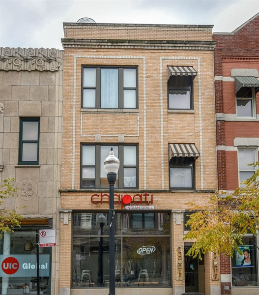 Real Estate Photography - 727 Maxwell St, 22, Chicago, IL, 60607 - Front View