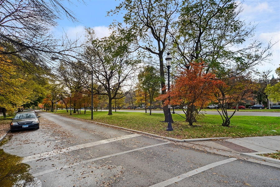 Real Estate Photography - 2443 N. Kedzie, 2, Chicago, IL, 60647 - Neighborhood