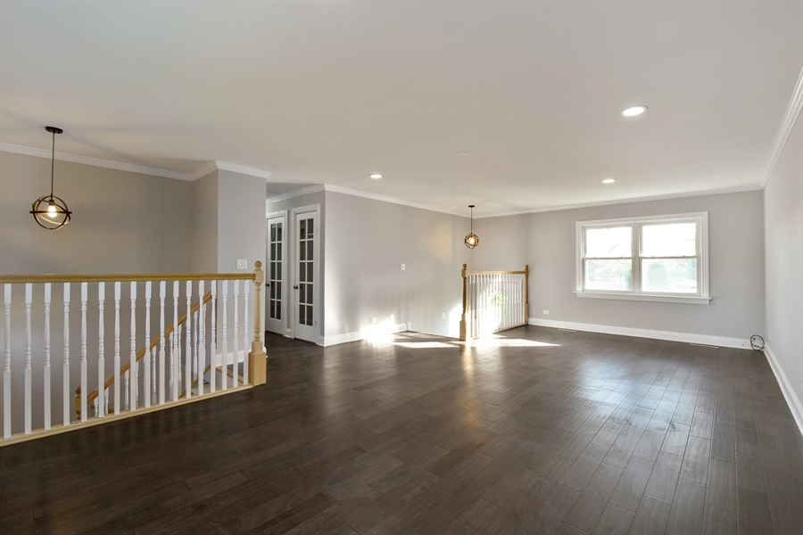 Real Estate Photography - 530 S Buffalo Grove Rd, buffalo grove, IL, 60089 - Living Room